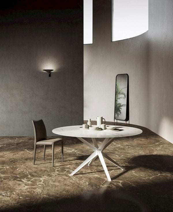 Round Stern White Table Marglas