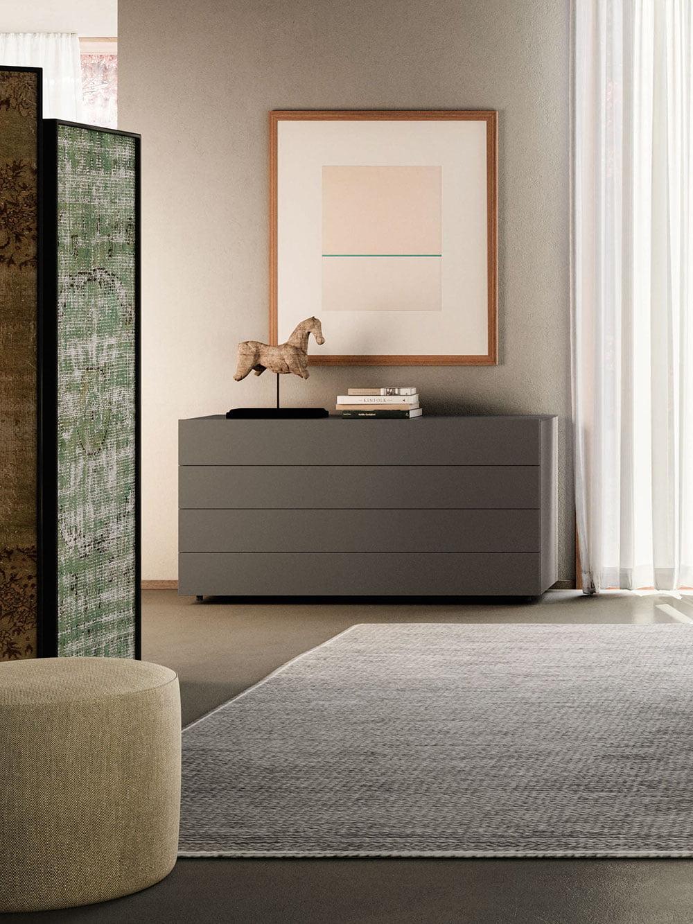 Gyles_004-Dresser