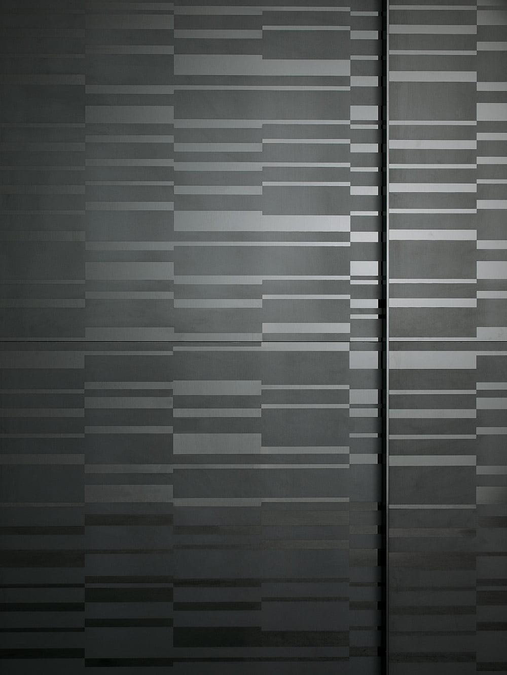 Maxi-screen-sliding-wardrobe-door-01