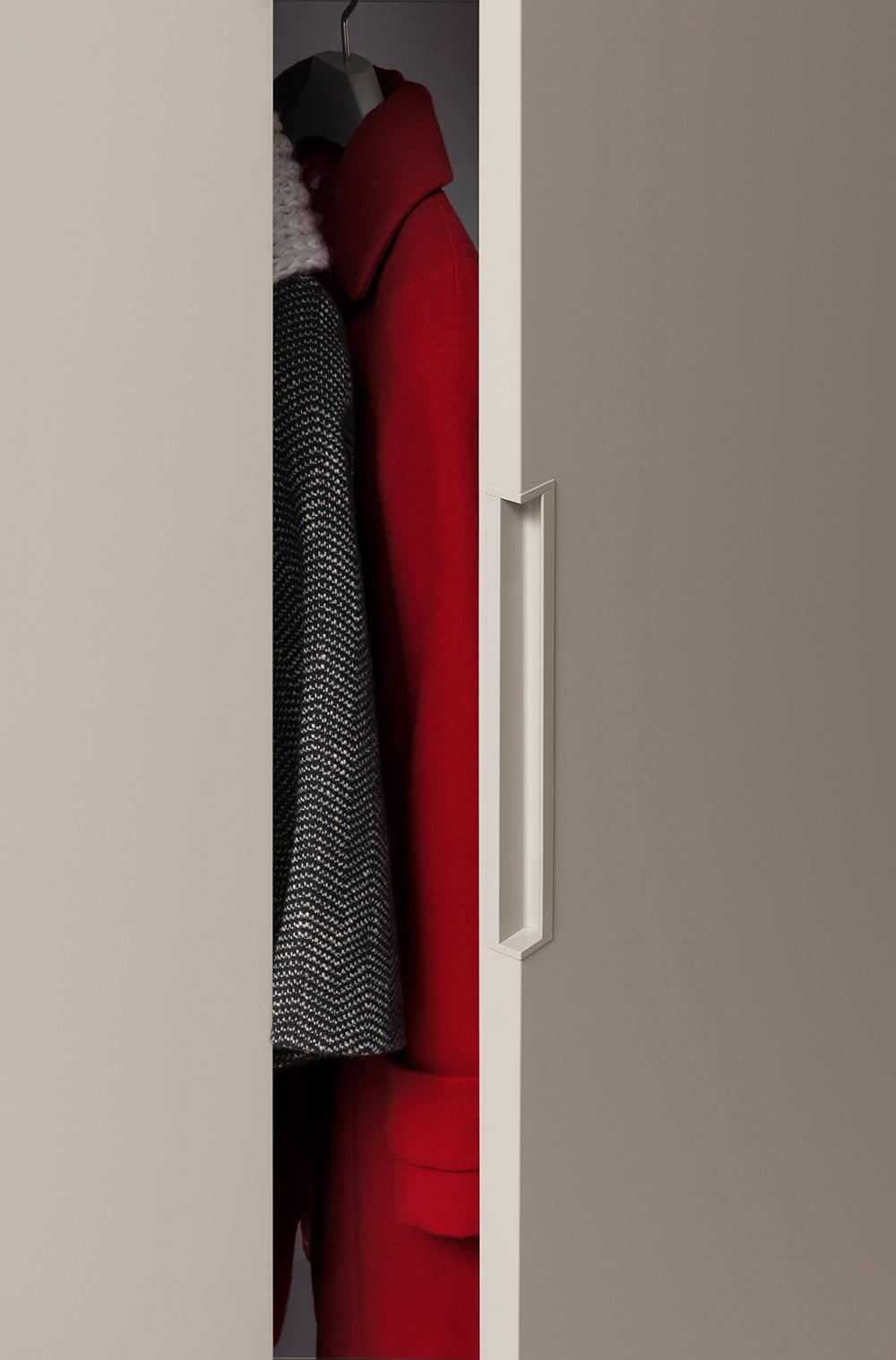 Plana-hinged-wardrobe-04